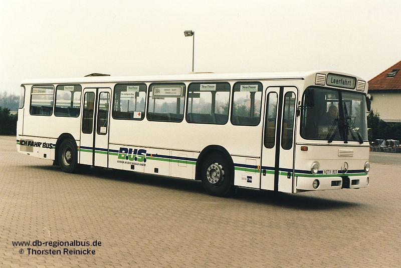 Brekina autobús urbano MB o 307 rvh Hannover